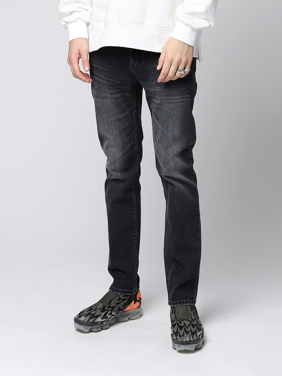 그레이휴Cone Mills Skinny Fit Denim, Black